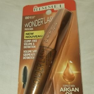 Rimmel wonderlash Mascarea